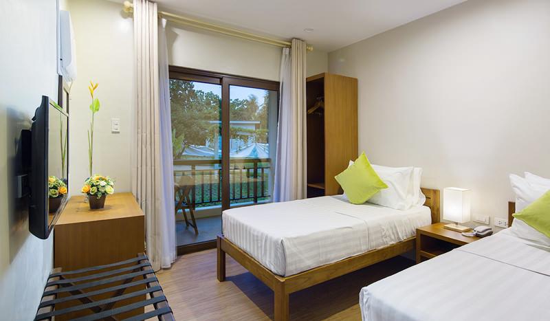 Solina Beach and Nature Resort - Higdaan Pod